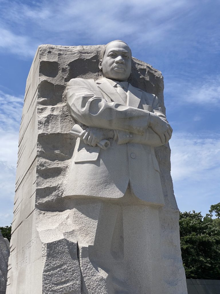 martin luther king memorial statue photo